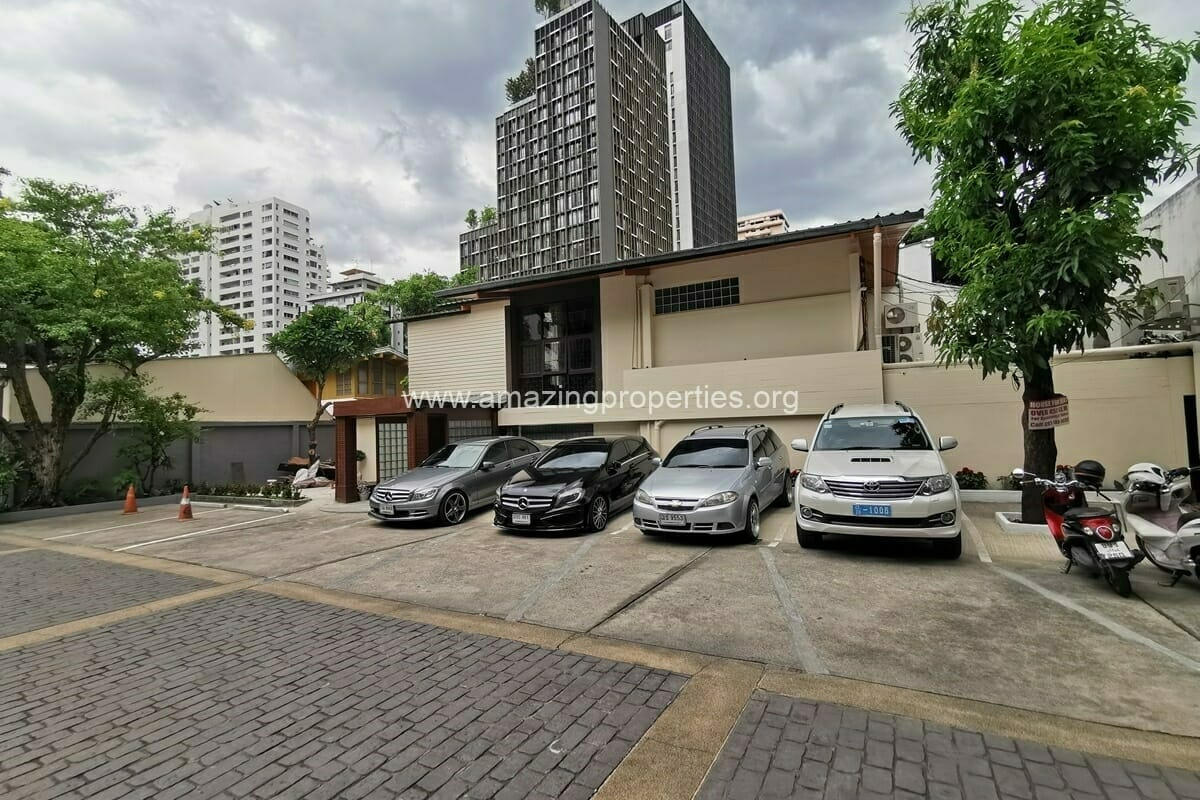Commercial Space for rent Phrom Phong