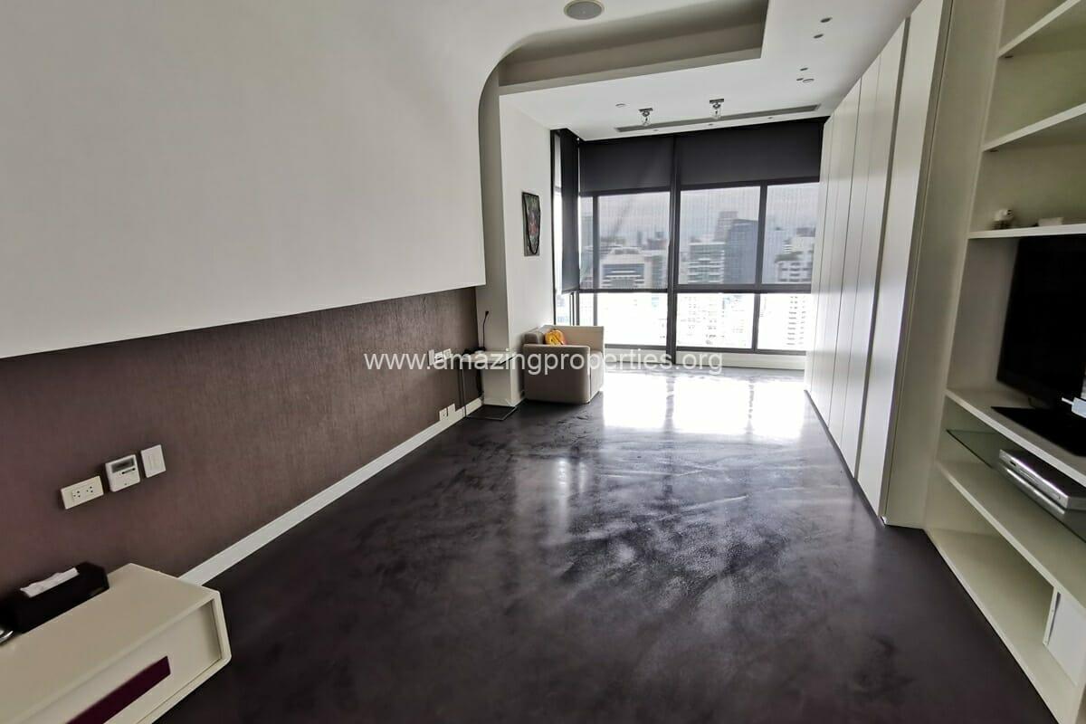Duplex 3 Bedroom condo Le Raffine Sukhumvit 39